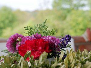 011 Ferienhaus Deko Blumen