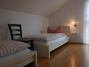 057 Ferienhaus Schlafzimmer 2 Obergeschoss