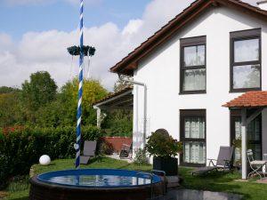 091 Ferienhaus Ansicht Pool